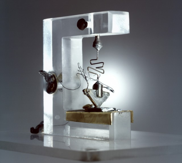 The First TRANSISTOR 1947