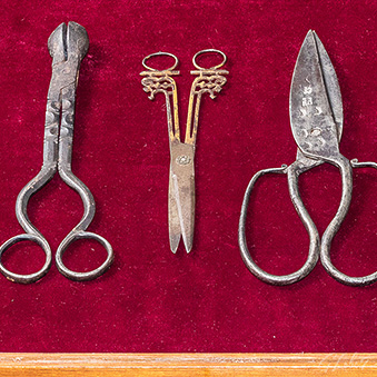 Exhibition of Scissors